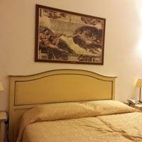 Foto scattata a Hotel Vasari Florence da Martin D. il 12/27/2014