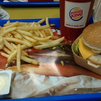 Photo prise au Burger King par Kerem Y. le4/15/2013