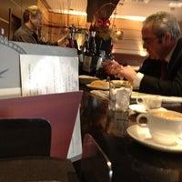 12/27/2011에 Julio A.님이 Almagro Café & Bar에서 찍은 사진