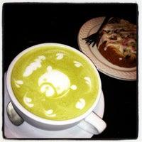 Снимок сделан в Balconi Coffee Company пользователем Maureen M. 2/11/2013