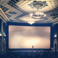 Снимок сделан в Кинотеатр «Киев» пользователем Mike P. 3/29/2013