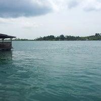รูปภาพถ่ายที่ Kelong Restaurant Aneka Rasa โดย just dimas เมื่อ 2/26/2013