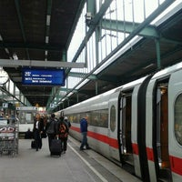 Photo taken at Stuttgart Hauptbahnhof by 지은 전. on 11/2/2012