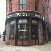 Foto tomada en Ship Tavern at The Brown Palace  por Karen F. el 12/2/2012