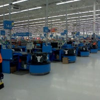 Photo taken at Walmart Supercenter by Rhonda S. on 9/15/2012
