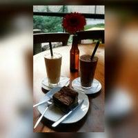 Photo taken at Markov Café by Fati C. on 8/4/2017