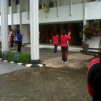 Photo taken at Pengadilan Negeri Tangerang by fazriyanih a. on 1/11/2013