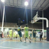 Photo taken at Sheltered Basketball Court 有蓋籃球場 by Ho B. on 11/22/2012