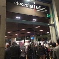 4/27/2013에 Aslı G.님이 CioccolatItaliani에서 찍은 사진