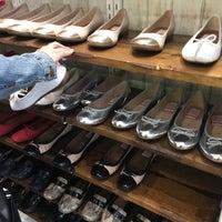 Clarks Shoe Store Los Angeles