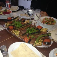 1/12/2013 tarihinde Enginziyaretçi tarafından Kebabi Restaurant'de çekilen fotoğraf