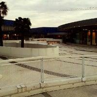 Foto scattata a Centro Commerciale Laguna da Nekosama I. il 10/27/2012