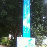 Photo taken at Faculdade de Medicina (FM) by Westerley B. C. on 4/26/2013