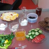 Photo taken at fashıon haır kuaför & güzellik salonu by Sibel on 8/16/2014