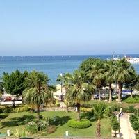 6/11/2013 tarihinde 🎌ziyaretçi tarafından Lancora Beach Resort'de çekilen fotoğraf