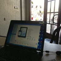 Photo taken at Hany Apple Store by AlHasan A. on 6/4/2013