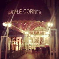 12/16/2012 tarihinde es i.ziyaretçi tarafından Waffle Corner'de çekilen fotoğraf