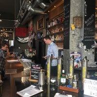 12/7/2017에 Enrique V.님이 Addicted to Rock Bar & Burger에서 찍은 사진