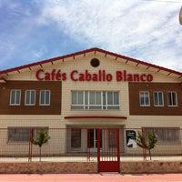 Das Foto wurde bei Cafés Caballo Blanco von Cafés Caballo Blanco am 9/15/2015 aufgenommen
