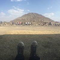 Foto tomada en Piramide del Sol por Roxxy A. el 1/3/2016