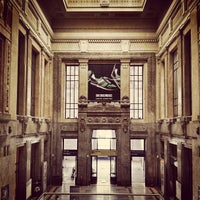 Photo taken at Milano Centrale Railway Station by vesprum .. on 6/1/2013