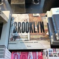 Снимок сделан в Rizzoli Bookstore пользователем Harlan E. 10/14/2018