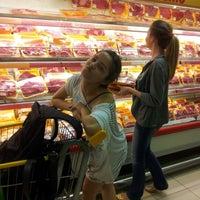 Foto tirada no(a) Supermercado Favorito por Antoni S. em 1/3/2013