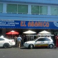 Foto tomada en Taquería El Abanico por Pily P. el 11/30/2012