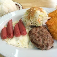 Photo taken at お食事の店 かおる by naoshi w. on 7/21/2014