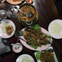 Photo taken at Nava Seafood by Rabiha B. on 2/9/2018