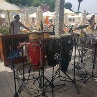 Foto scattata a La Plage Port Cratos da Salahi🎤🎵🎶🎙 K. il 5/5/2018
