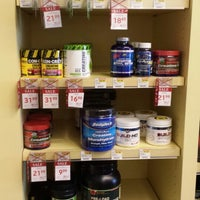 Photo taken at Vitamin Shoppe by Jay O. on 7/4/2013