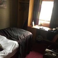 Photo taken at Pendulum Hotel by Asanee Y. on 8/22/2016