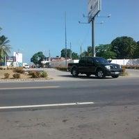 Foto tirada no(a) Barra de Santo Antônio por Tchelo G. em 12/24/2014