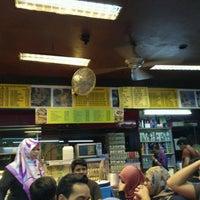 Photo taken at Restoran Selera Ampang by Alfid D. on 1/19/2017