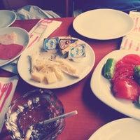 10/28/2012 tarihinde Sirbulankaziyaretçi tarafından Fiskos Kahvaltı Cafe'de çekilen fotoğraf