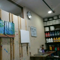 Photo taken at Painting Lounge by Aron on 3/26/2017