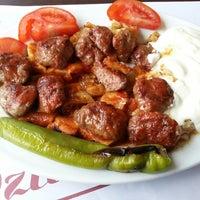 รูปภาพถ่ายที่ Durak Muhallebicisi โดย Zafer Y. เมื่อ 5/2/2013