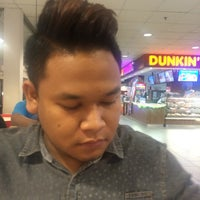 Photo taken at Simply Chicken Rice by Zulhimi Z. on 1/13/2016
