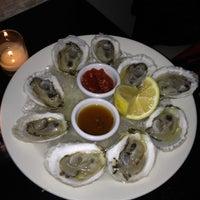 Foto tirada no(a) Meli Restaurant por Bill H. em 10/18/2012