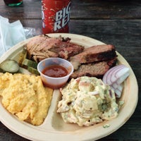 Foto tirada no(a) Micklethwait Craft Meats por foodforfel em 2/20/2015