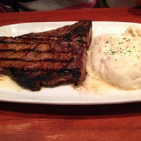 Photo taken at LongHorn Steakhouse by Vadim V. on 11/2/2013