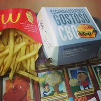 Foto tirada no(a) McDonald's por Filipe A. em 12/23/2012