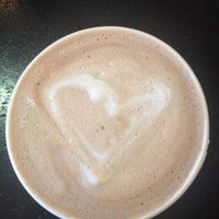 9/12/2013にMcKenzie D.がPerky's Coffee Shopで撮った写真