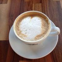 8/20/2013 tarihinde Oya A.ziyaretçi tarafından Caffè Nero'de çekilen fotoğraf