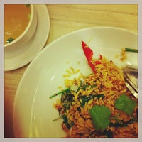 Photo taken at Noodle'n Rice Company by Buree L. on 2/24/2013