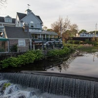 Photo taken at Stonebridge Restaurant & Bar by Phil C. on 5/27/2013