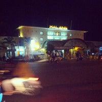 Photo taken at Stasiun Malang by Oemar B. on 8/6/2013