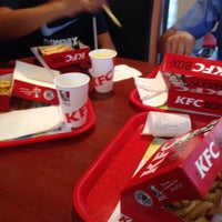 Photo taken at KFC by Dtr P. on 8/2/2016