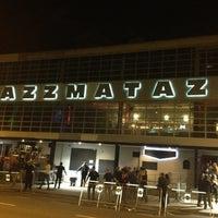 Снимок сделан в Razzmatazz пользователем Eduardo C. 10/24/2012